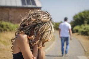 בעלי פשוט נטש אותי במועדון כשאני בלי מפתח לבית, בלי כסף ולא עניין אותו איך אני חוזרת!