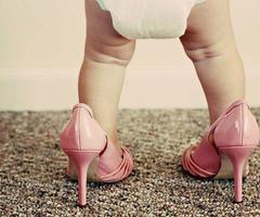 כל מה שצריך לדעת על נעלי צעד ראשון