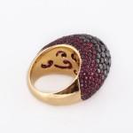 טבעת יהלומים שחורים בשילוב אבני חן ורודות  23000שח