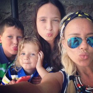 מורן והילדים בחופשה משפחתית ביו סוויט