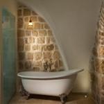 מלון מונטנה חדר אמבטיה