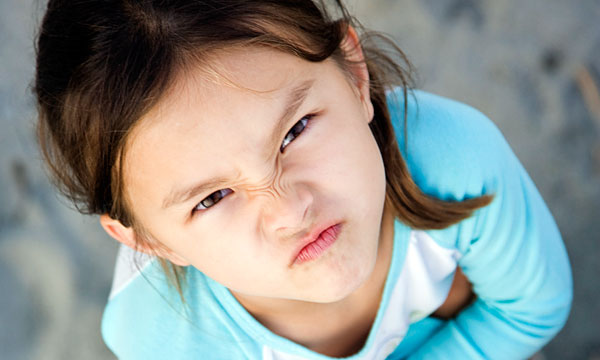 שלום לכל הילדים, היום נלמד כיצד לעצבן את אמא!
